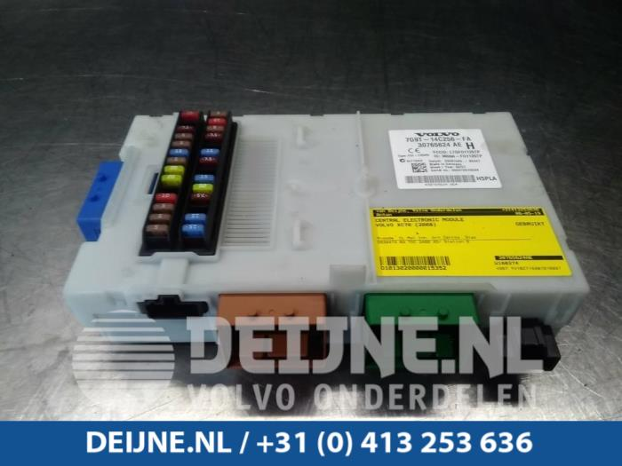 Central electronic module - Volvo XC70