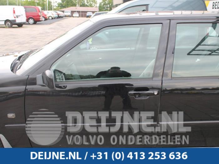 Portier 4Deurs links-voor - Volvo S70
