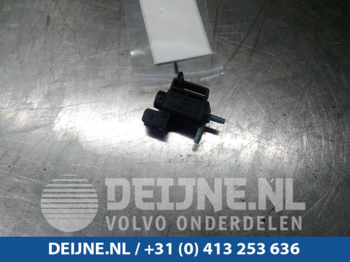 Vacuum ventiel - Volvo V40