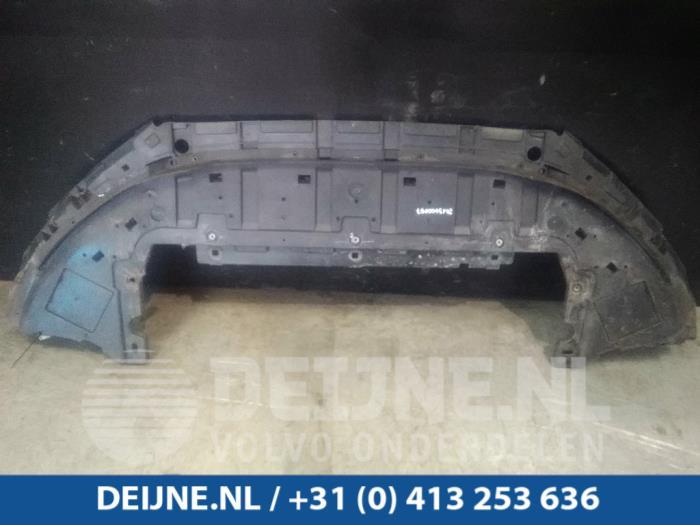 Bumper onderplaat - Volvo V40