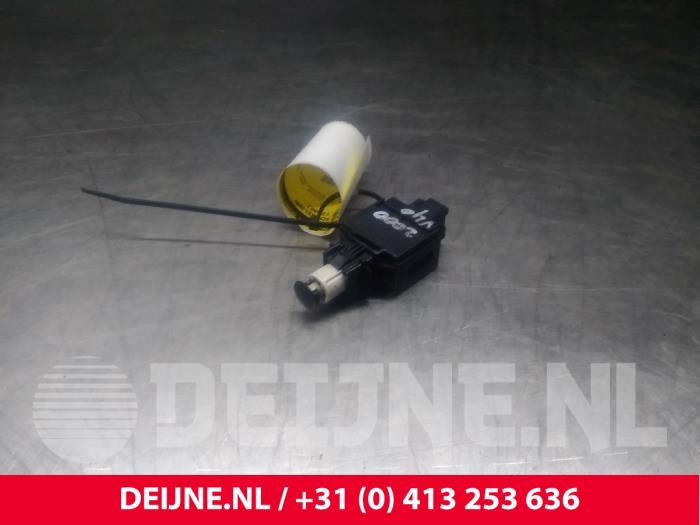 Remlicht Schakelaar - Volvo V40