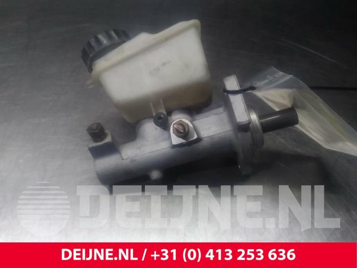 Hoofdremcilinder - Volvo V70