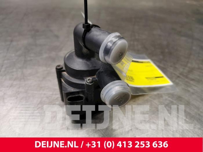Extra waterpomp - Volvo XC60