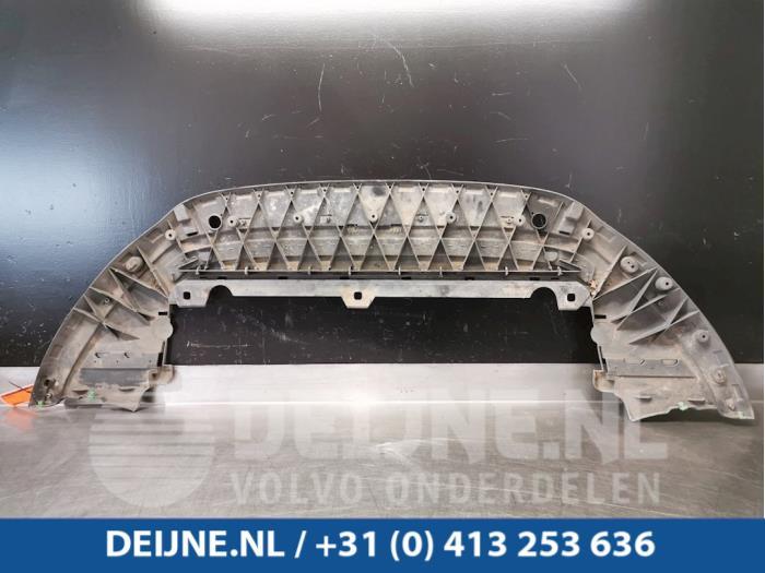 Bumper onderplaat - Volvo V60