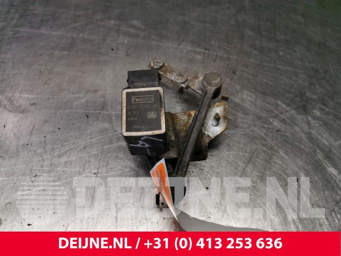 Xenon hoogteregelaar - Volvo S80