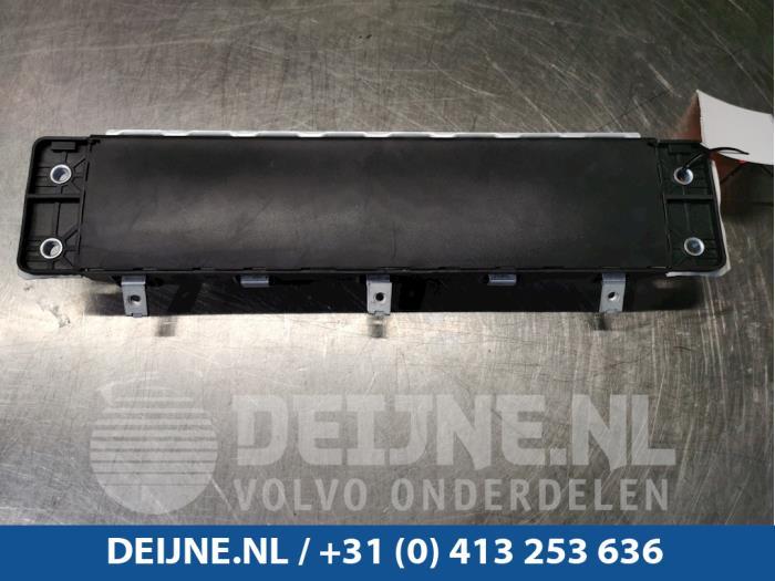 Knie airbag - Volvo V90