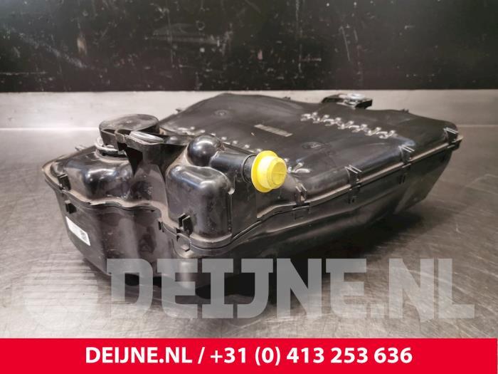 Adblue tank - Volvo XC40