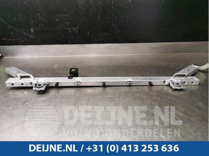Dwarsbalk frontdeel - Volvo V90