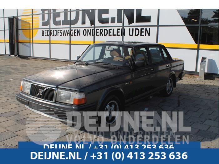 Voorbumper - Volvo 2-Serie