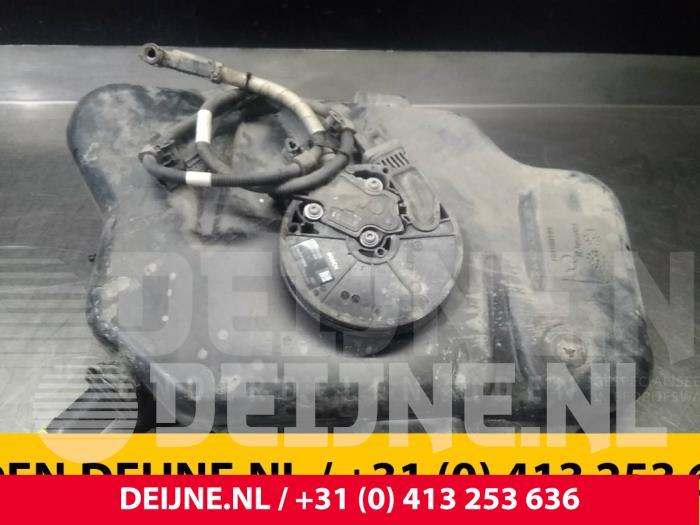 Adblue tank - Mercedes Vito