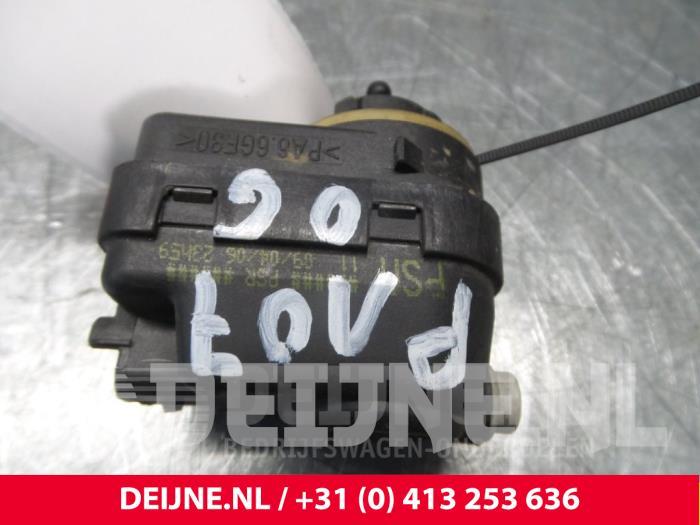 Koplampmotor - Peugeot 107