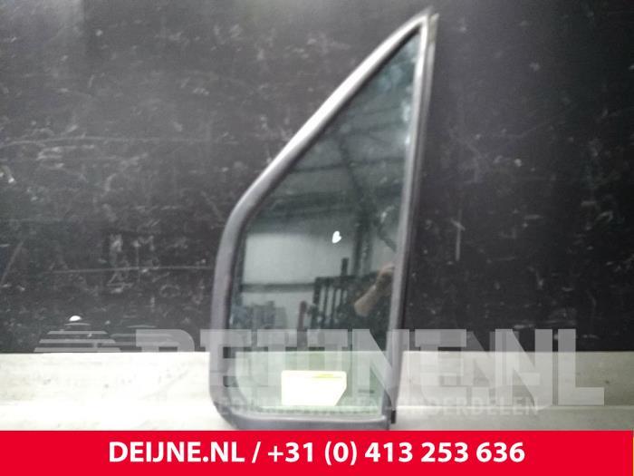 Driehoeks Ruit links-voor - Iveco Daily