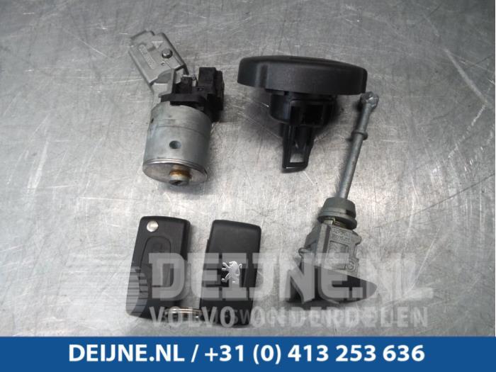 Slotenset Cilinder (compleet) - Peugeot 308