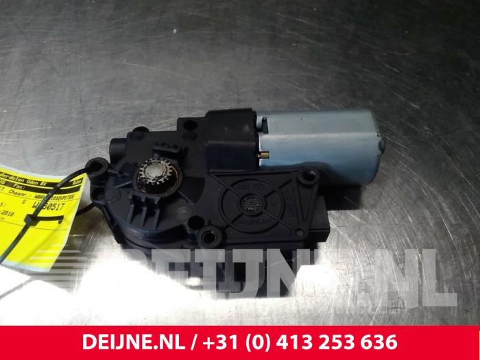 Schuifdak Motor - BMW X1