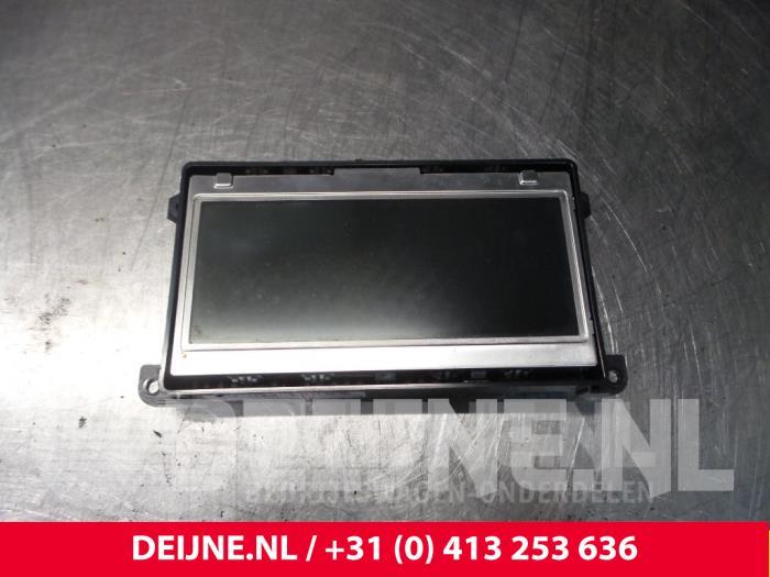 Display Multi Media regelunit - Audi A4