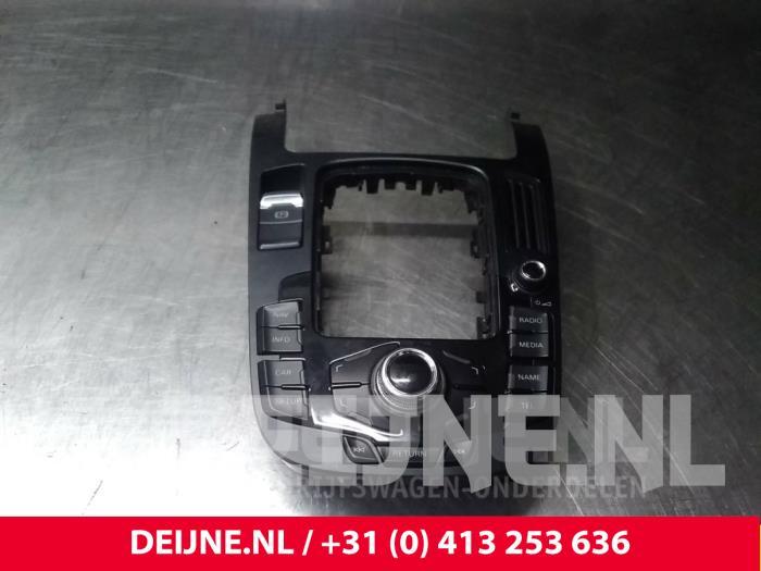 Regelunit Multi Media - Audi A4