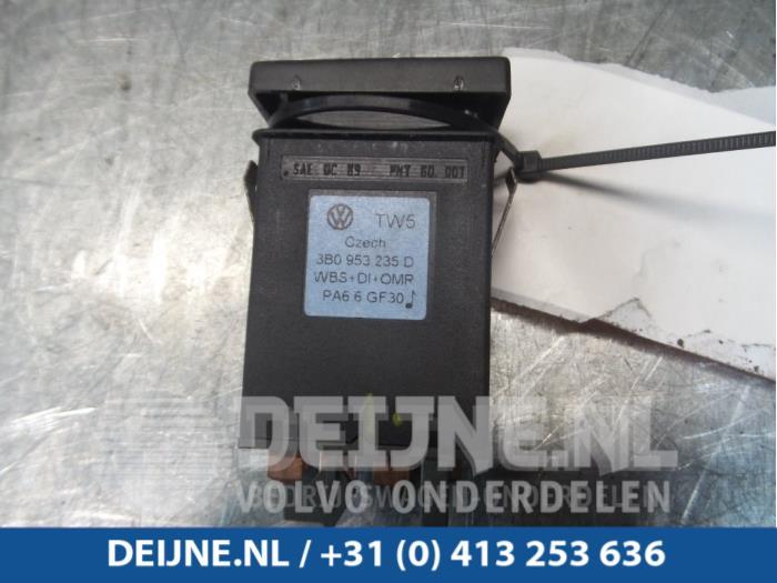 Paniekverlichtings Schakelaar - Volkswagen Passat
