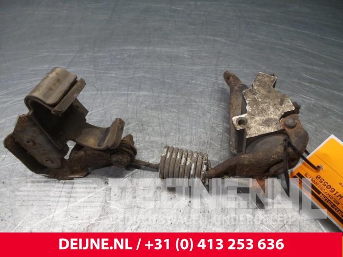 Remdrukverdeler - Opel Combo