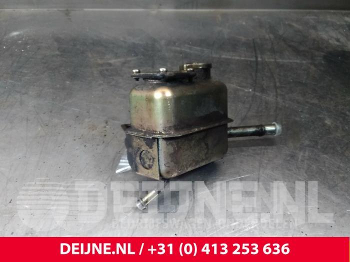 Stuurbekrachtiging Olie Reservoir - Mitsubishi Canter