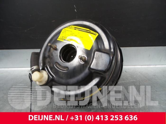 Rembekrachtiger - Nissan Vanette