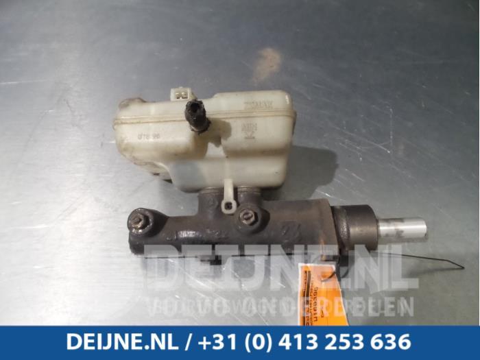 Hoofdremcilinder - Mercedes Sprinter