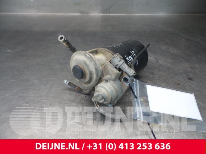 Brandstoffilterhuis - Toyota Dyna