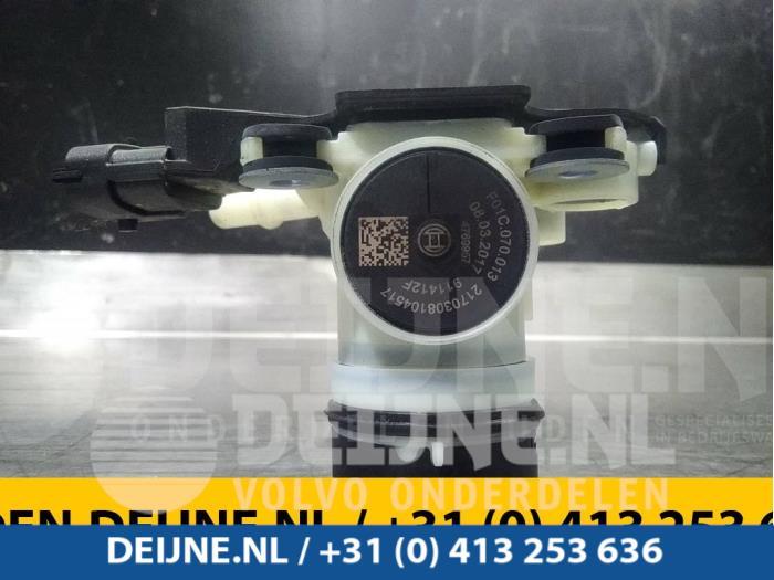 Adblue pomp - Opel Vivaro