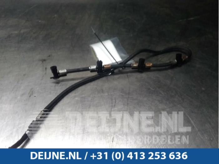 Brandstof retourleiding - Mercedes Sprinter