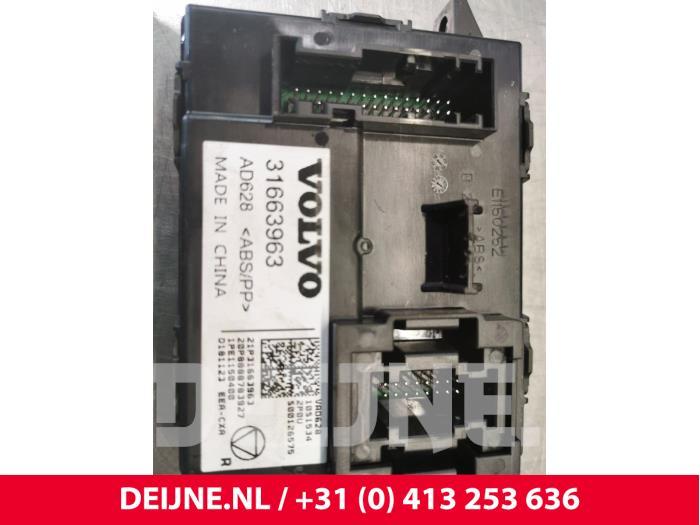 Module climatronic - Volvo XC40
