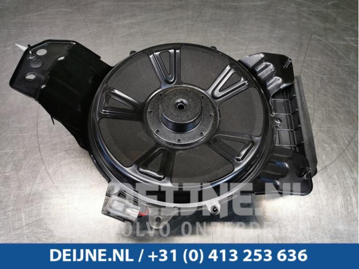 Subwoofer - Volvo S90