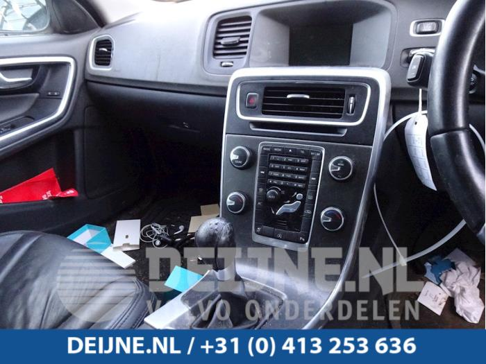Regelunit Multi Media - Volvo V60