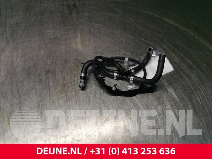 Brandstof retourleiding - Volvo XC90