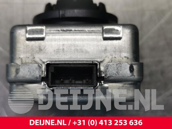 Xenon Lamp - Porsche Cayenne