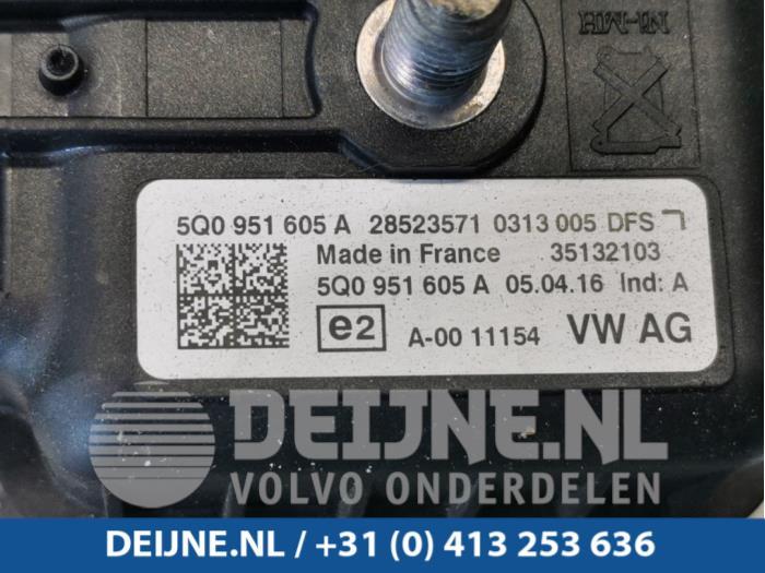 Alarm sirene - Volkswagen Golf