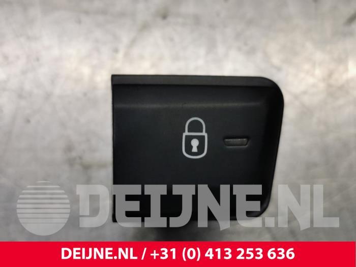 Centrale deurvergrendeling Schakelaar - Peugeot 2008