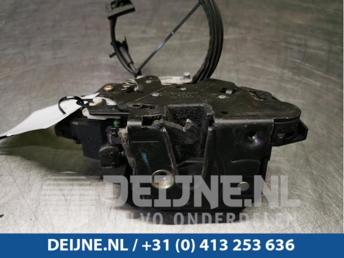 Deurslot Mechaniek 4Deurs rechts-achter - Volvo V70