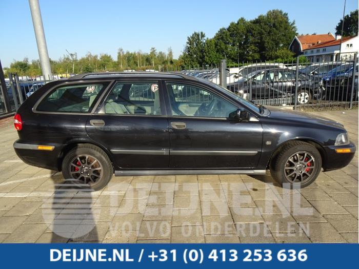 Dakrail set - Volvo V40