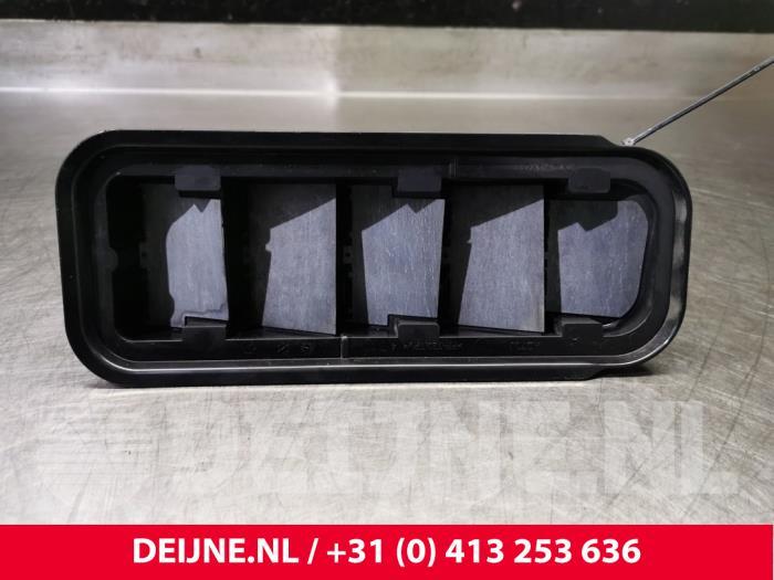 Luchtrooster zijkant - Volvo XC40