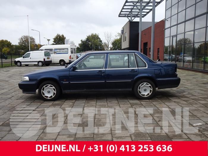 Portier 4Deurs links-voor - Volvo 9-Serie