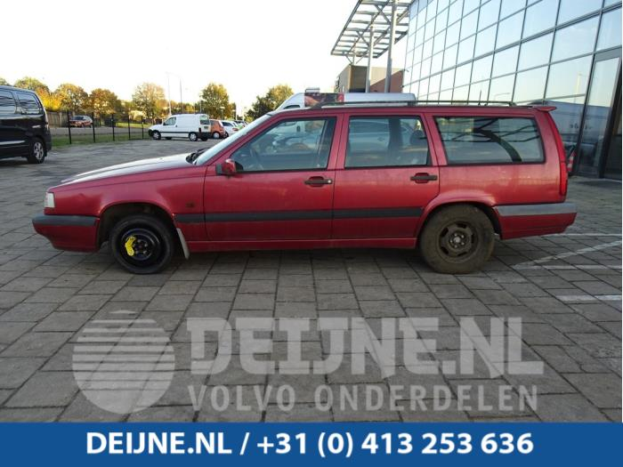 Portier 4Deurs links-voor - Volvo 850