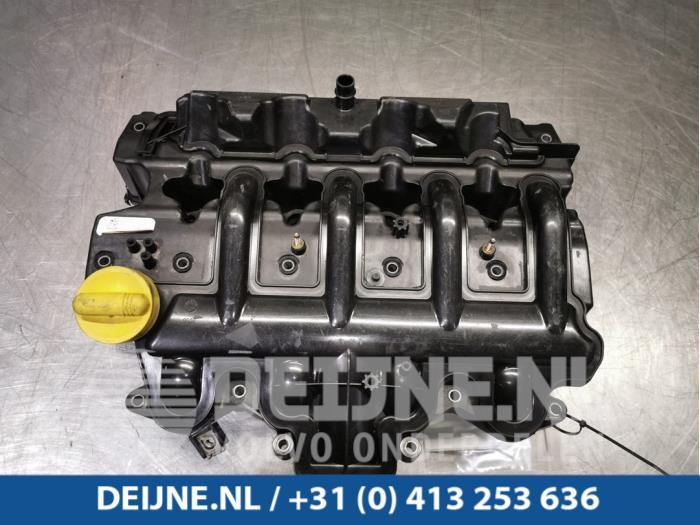 Inlaatspruitstuk - Opel Vivaro