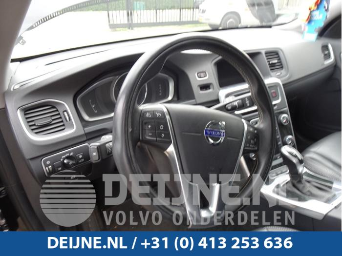 Dashboard - Volvo V60