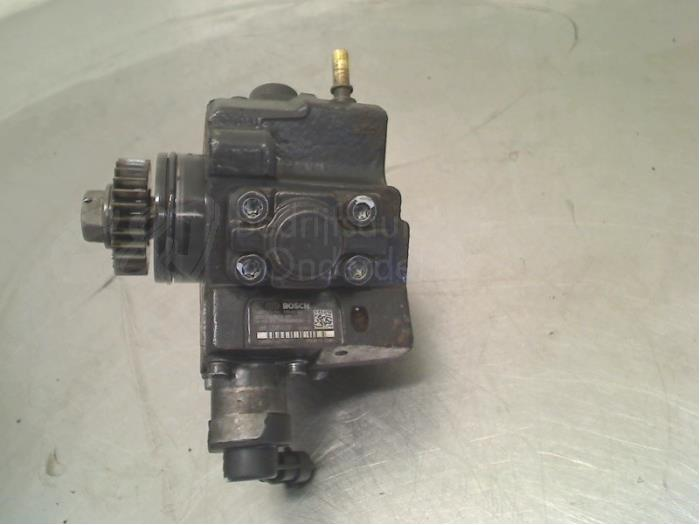 Brandstofpomp Mechanisch - e07878e1-8a8d-4df5-8af2-ac4c6225c142.jpg