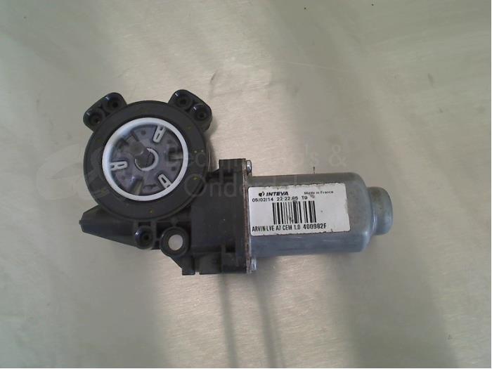 Raammotor Portier - 159716d5-8a99-494a-ab8d-e38f8b4aed37.jpg