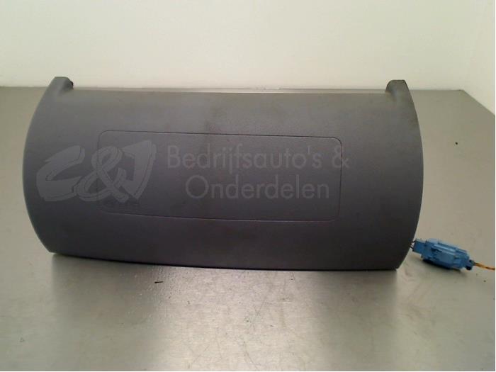 Airbag rechts (Dashboard) - efbd90f6-29ac-4fd0-93a4-f6d2448fb3f7.jpg