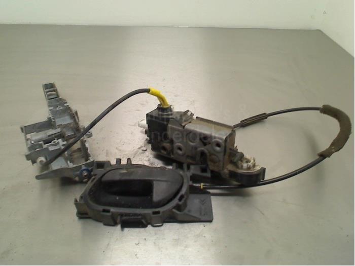 Deurslot Cilinder links - 8294f669-24e6-4b7b-986e-425de61cdcb9.jpg