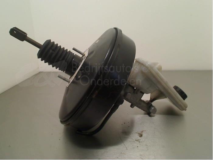 Hoofdremcilinder - 469439d7-690c-49f6-9794-4397e567d116.jpg