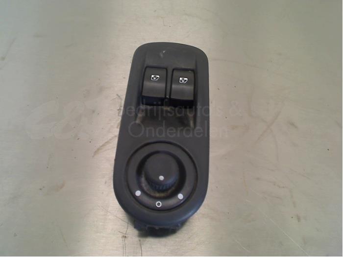 Elektrisch Raam Schakelaar - 42292ae3-7ff4-438a-8829-015f80a2067b.jpg