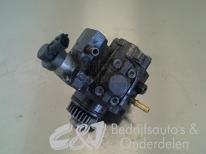 Brandstofpomp Mechanisch - 99a43726-ec09-4a17-84e7-f7c8ad358db3.jpg