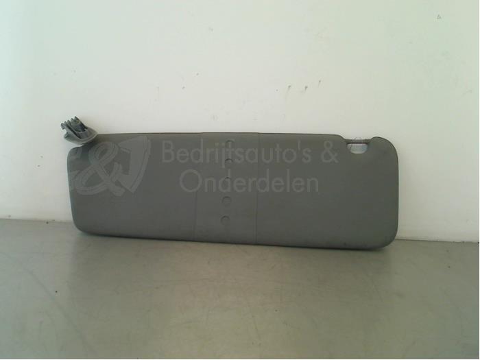Zonneklep - 392014c3-706c-4f1a-a4b4-90df013d55b2.jpg